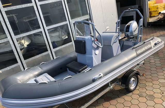 Schlauchboot_460